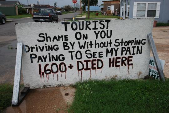 4blog_-_Tourist_sign_540x361